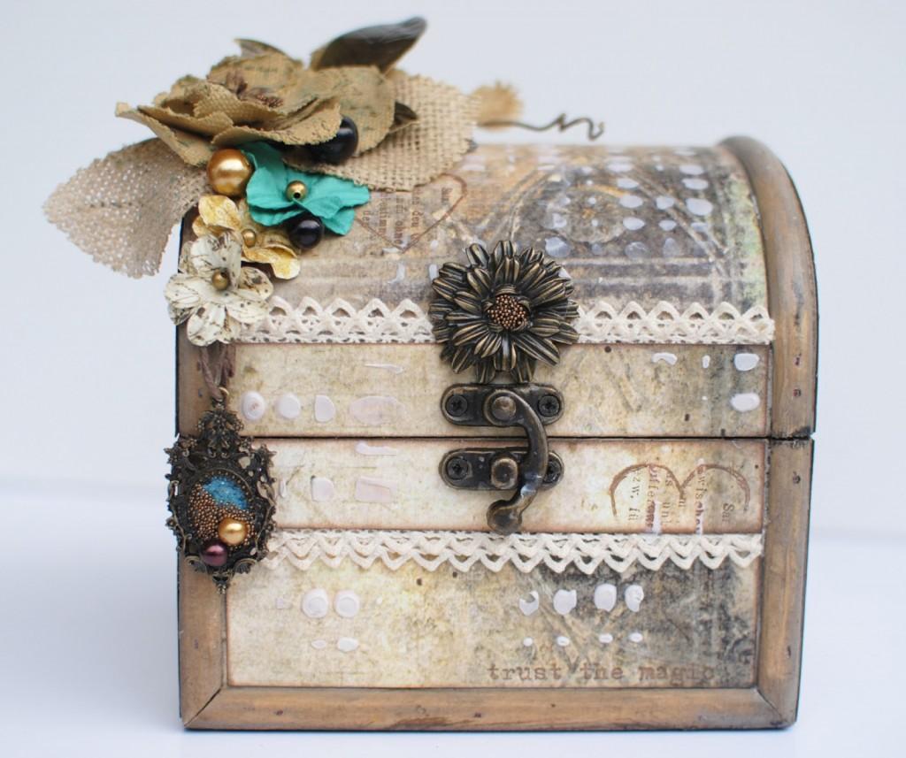 Treasure Box With Mini Album By Delaina Burns
