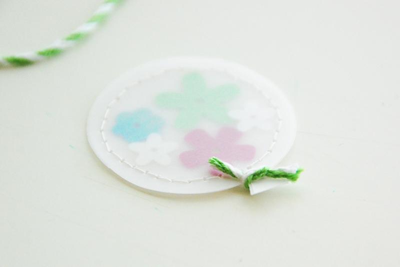 roree rumph_confetti_balloon_thank_you_card_step6