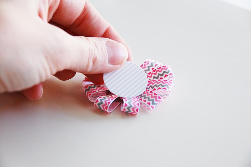roree rumph_ribbon_flower_gift_bag_step10