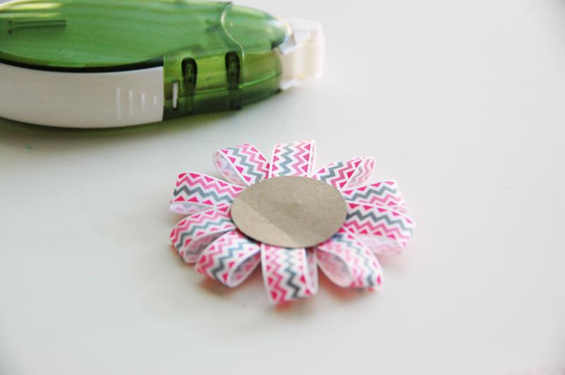 roree rumph_ribbon_flower_gift_bag_step12