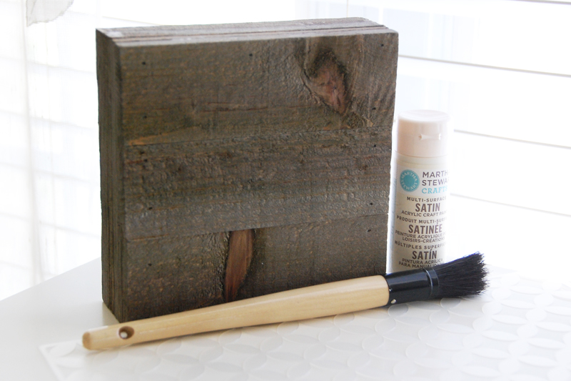 roree rumph_paint_mist_stenciled_mix the media_wood plank_step1