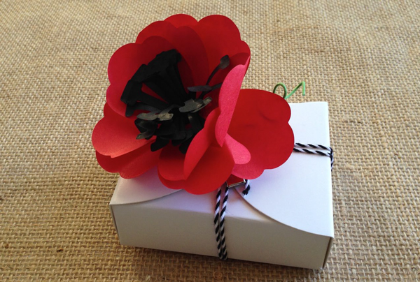 Poppy Flower Gift Box