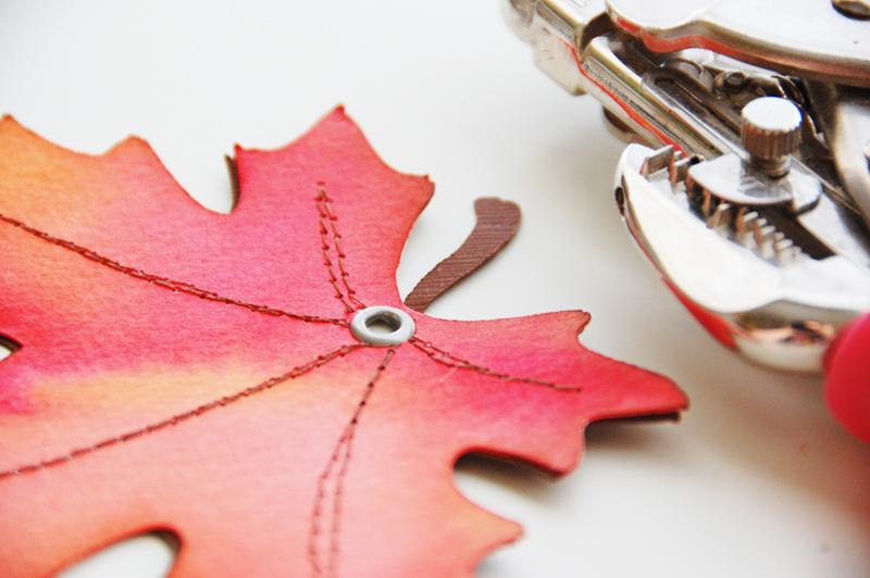 roree rumph_color burst_watercolor_autumn_tag_step19