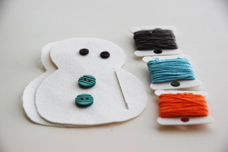 roree rumph_handmade_plush_snowman_ornament_step4