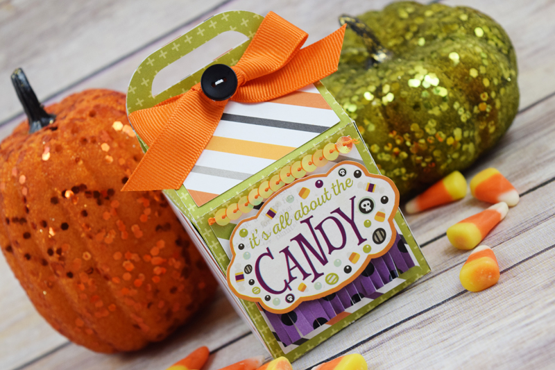 Becki Adams_Halloween Treat Bags_1