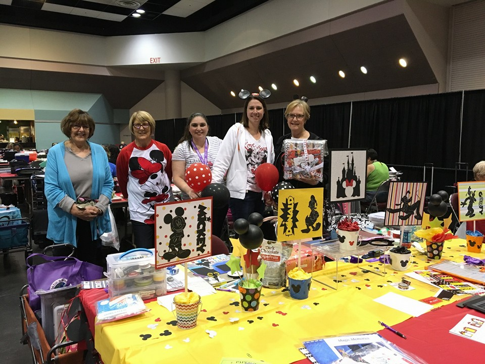 #SSBE2016 - Stamp & Scrapbook Expo Attendee Fun