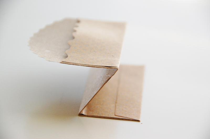 roree-rumph_pocket_place-card_step3