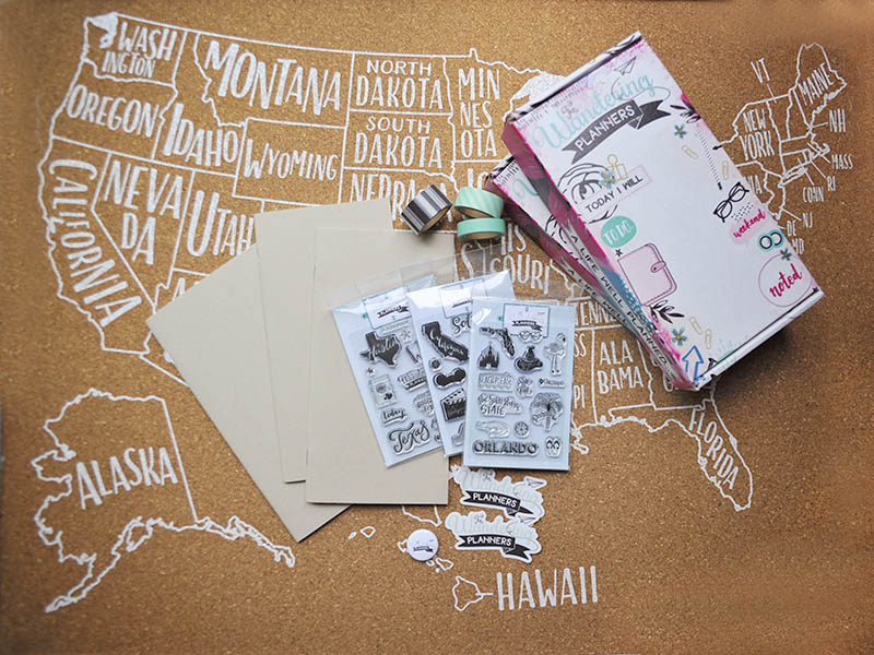 National Notebook Day Giveaway #ssbeblog #ssbe2018 #wanderingplanners #plannergirl #planneraddict #travelersnotebook @wanderingplanners
